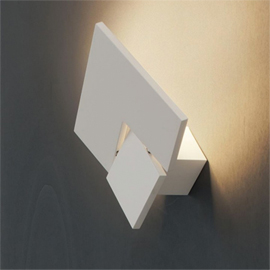 Puzzle Twist Wall Light